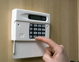 What to Look For When Choosing an Alarm Company in Miami